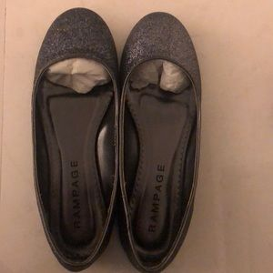 Rampage size 6&1/2 gold glitter Margo dress shoes